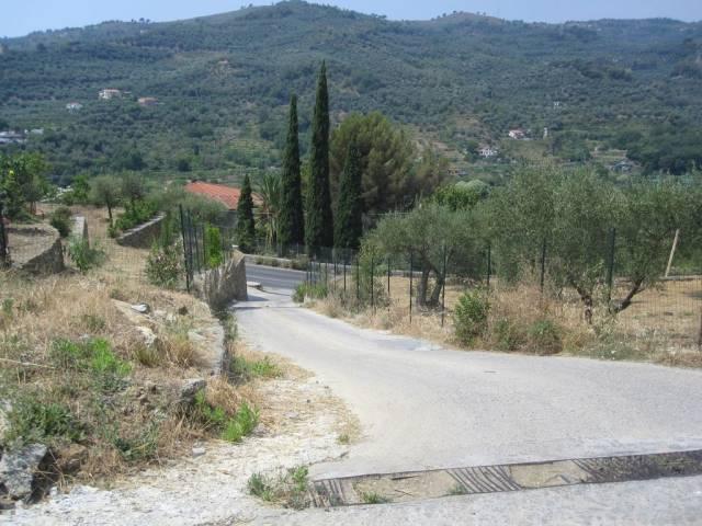 Villa in vendita a Imperia, 3 locali, prezzo € 85.000 | CambioCasa.it