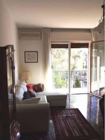Appartamento in buone condizioni arredato in affitto Rif. 7057672