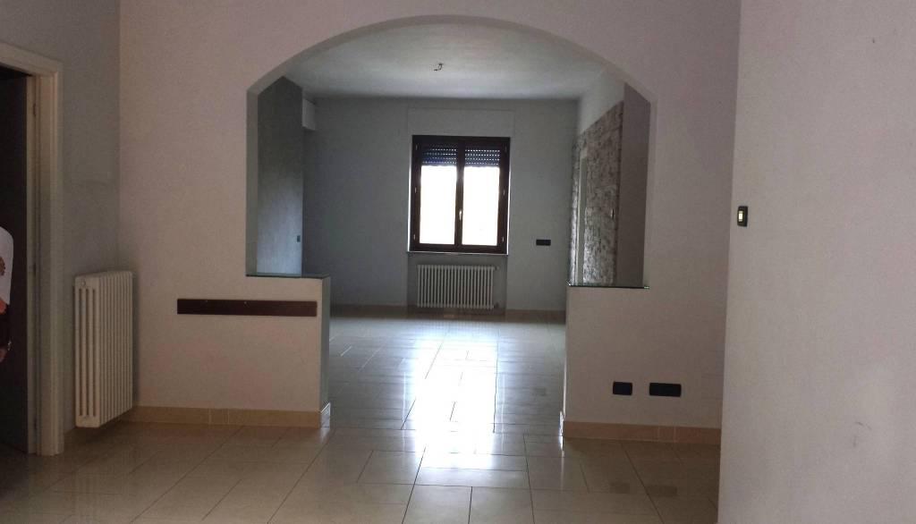 Appartamento in vendita a Costigliole d'Asti, 5 locali, prezzo € 240.000 | CambioCasa.it
