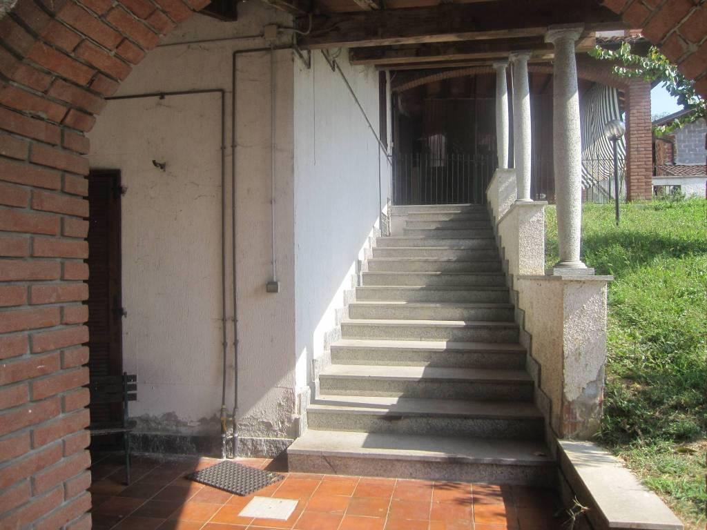 Villa in vendita a Chignolo Po, 6 locali, prezzo € 149.000   PortaleAgenzieImmobiliari.it