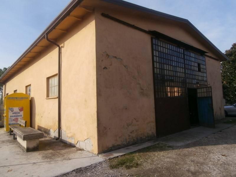Magazzino in vendita a Castellucchio, 9999 locali, prezzo € 78.000 | PortaleAgenzieImmobiliari.it