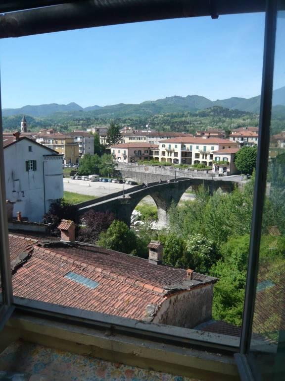 Appartamento in vendita a Pontremoli, 5 locali, prezzo € 70.000 | PortaleAgenzieImmobiliari.it