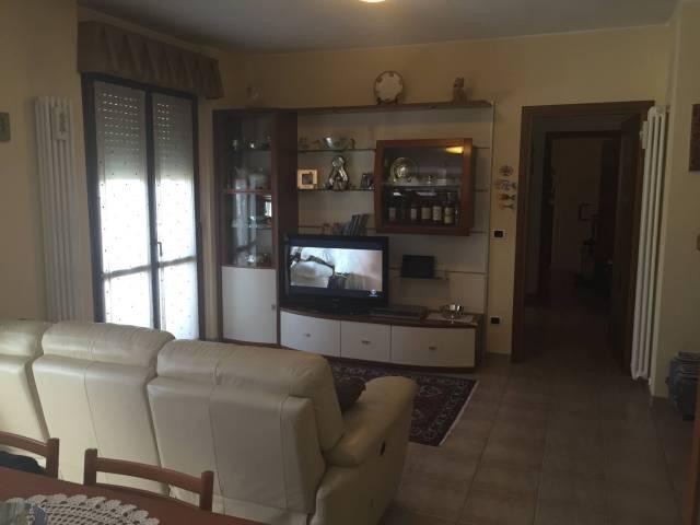 Appartamento in buone condizioni arredato in vendita Rif. 4289105