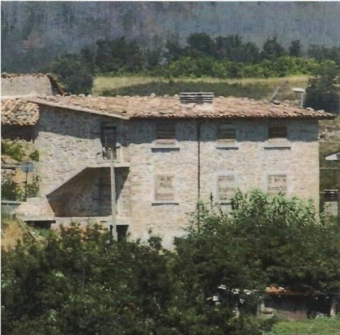 Casa Indipendente in buone condizioni in vendita Rif. 4228079