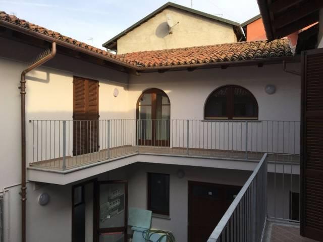 Appartamento parzialmente arredato in affitto Rif. 7013113