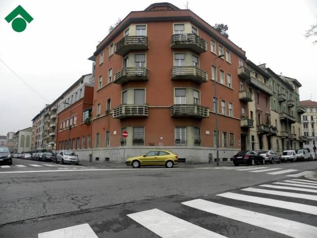 Bilocale Milano Via Camillo Ugoni 10