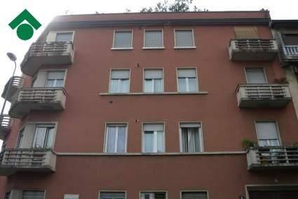 Bilocale Milano Via Camillo Ugoni 13