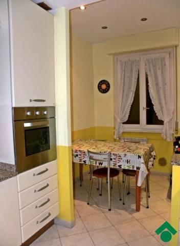 Bilocale Milano Via Camillo Ugoni 8