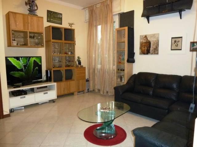 Appartamento in buone condizioni in vendita Rif. 4199078