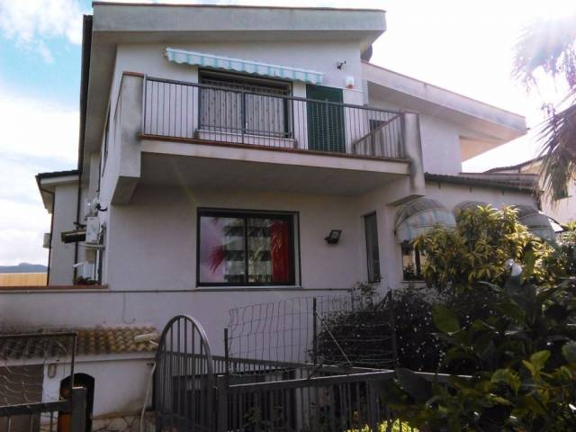 Villa in Vendita a Casteldaccia Periferia: 5 locali, 500 mq
