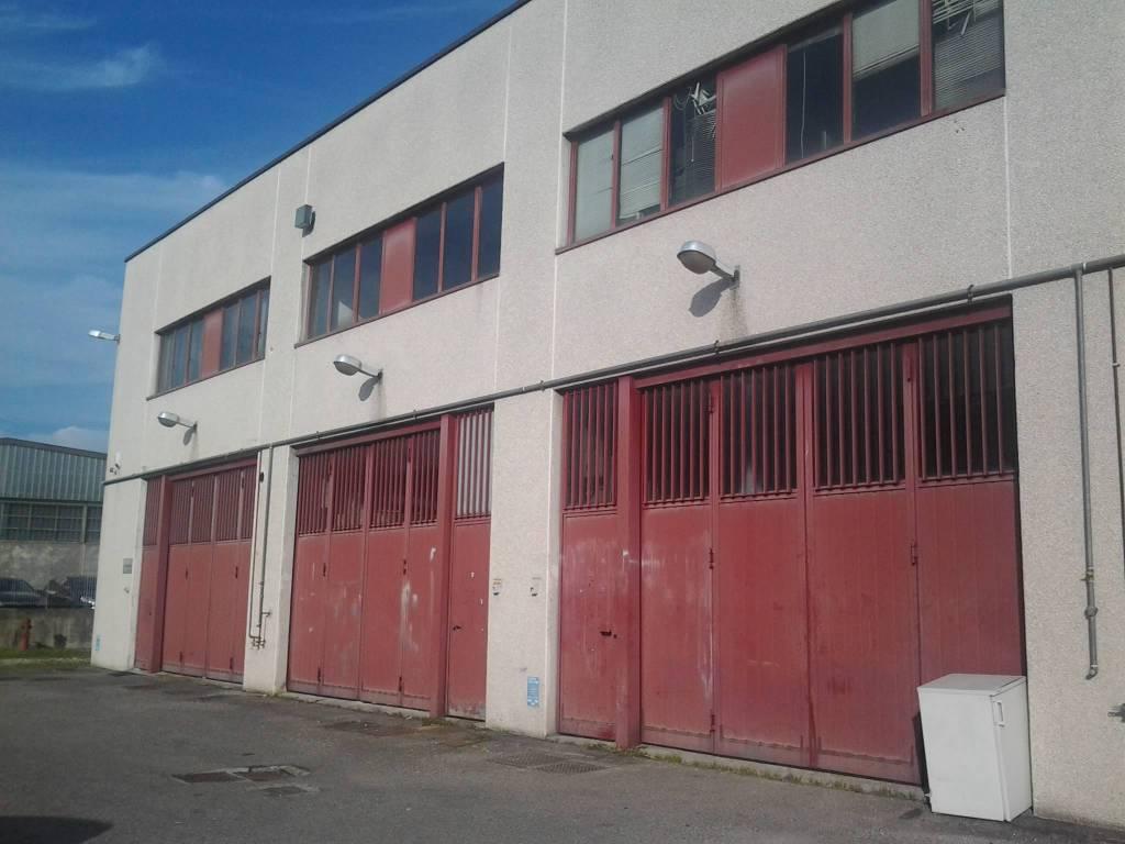 Capannone in vendita a Settimo Milanese, 9999 locali, prezzo € 160.000 | PortaleAgenzieImmobiliari.it