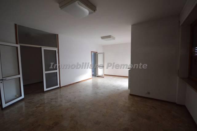 Appartamento in buone condizioni in affitto Rif. 4833820