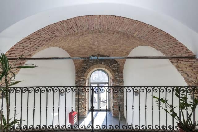 Appartamento in vendita a Imperia, 4 locali, prezzo € 405.000   CambioCasa.it