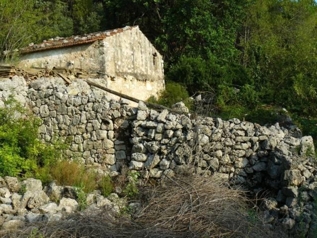 Rustico / Casale da ristrutturare in vendita Rif. 4359213