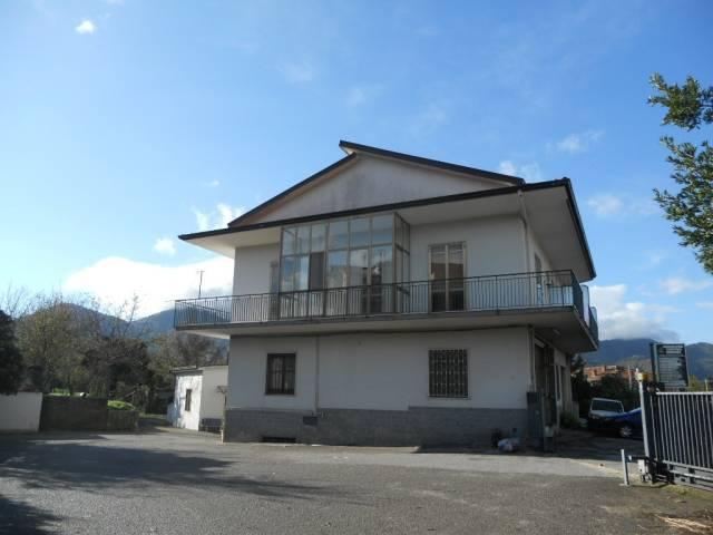 Appartamento in buone condizioni in vendita Rif. 4813835