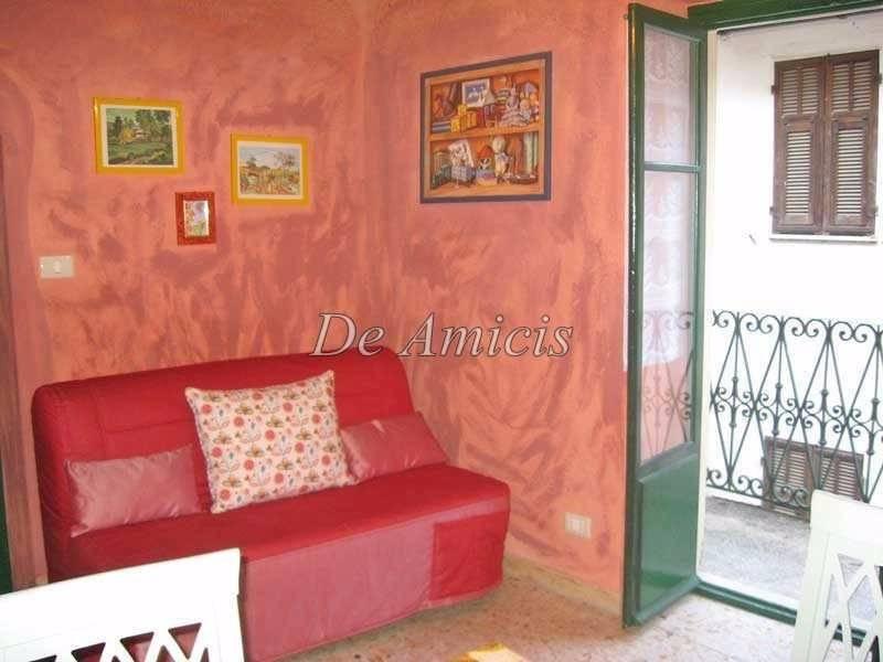 Appartamento in ottime condizioni arredato in vendita Rif. 8504089