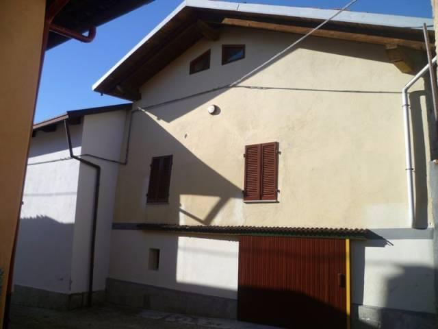 Appartamento in buone condizioni in vendita Rif. 4924482