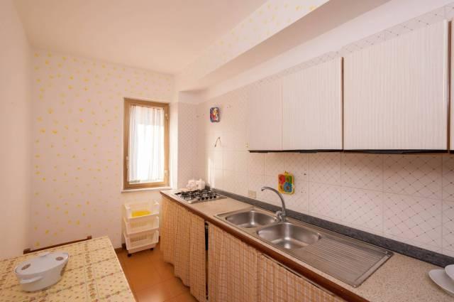 Appartamento in buone condizioni parzialmente arredato in vendita Rif. 4504797
