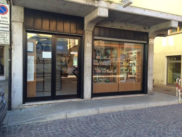 Tabacchi / Ricevitoria in vendita a Vobarno, 1 locali, prezzo € 55.000 | CambioCasa.it
