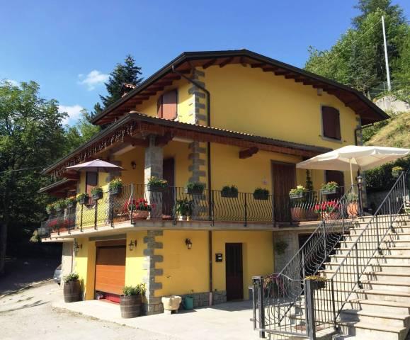 Villa 6 locali in vendita a Riolunato (MO)