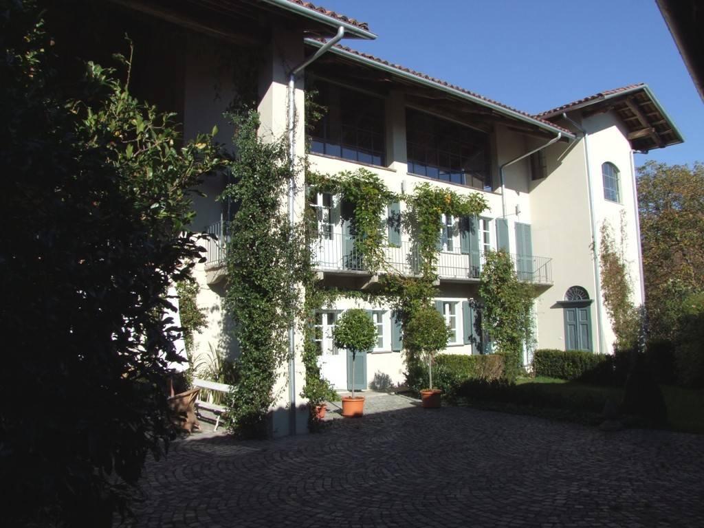 Rustico / Casale in vendita a Agliè, 5 locali, prezzo € 600.000 | PortaleAgenzieImmobiliari.it