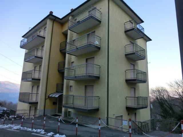 Appartamento in buone condizioni arredato in vendita Rif. 7253872