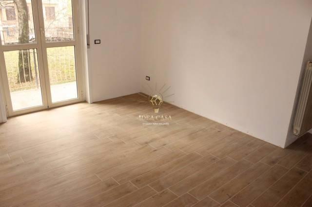 Appartamento in ottime condizioni in vendita Rif. 4267819