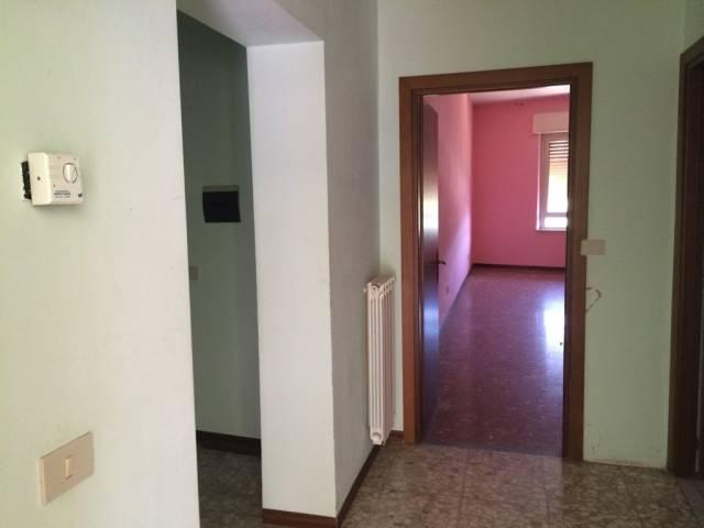 Appartamento in buone condizioni in vendita Rif. 4444001