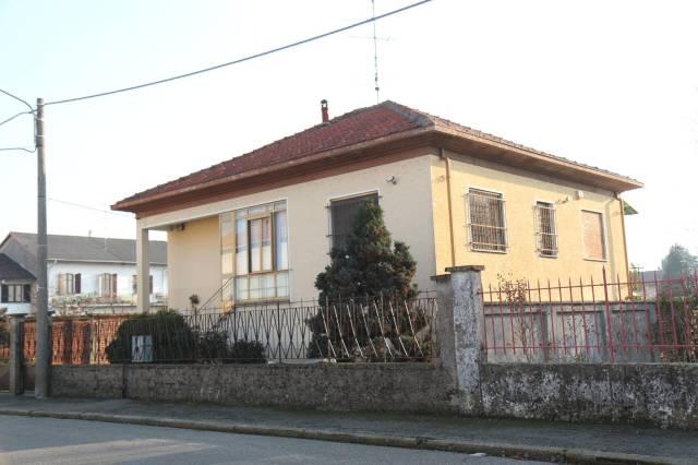 Soluzione Indipendente in vendita a Palestro, 4 locali, prezzo € 135.000 | CambioCasa.it