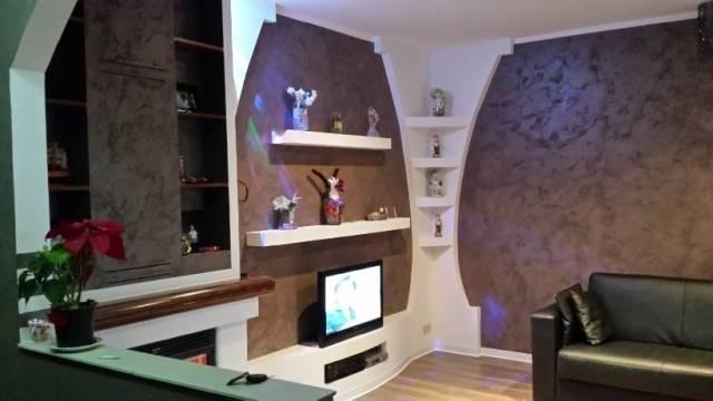 Appartamento in ottime condizioni in vendita Rif. 4250857