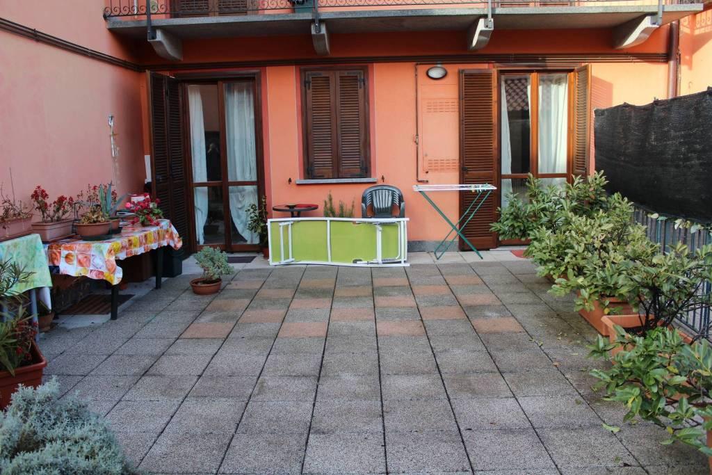 Appartamento in ottime condizioni in vendita Rif. 6973629