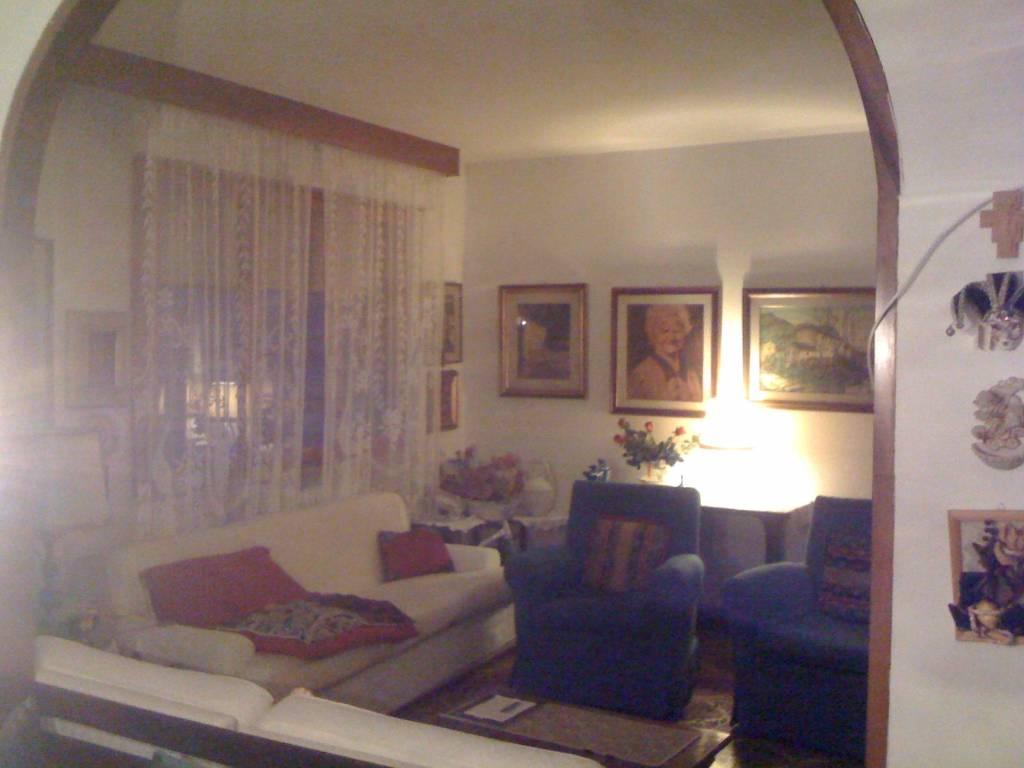 Appartamento in buone condizioni in vendita Rif. 7847232