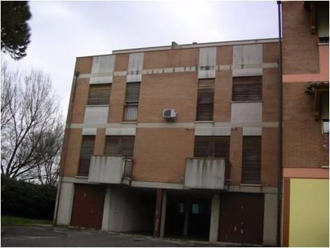 Appartamento da ristrutturare in vendita Rif. 5022976