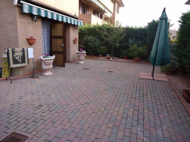 Appartamento in buone condizioni in vendita Rif. 4507196
