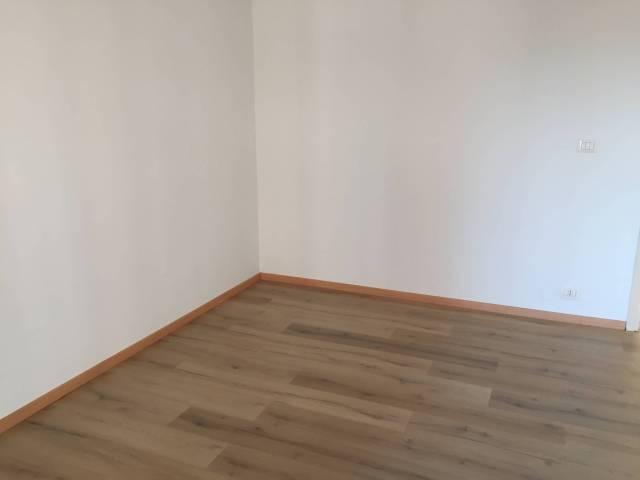 Appartamento in ottime condizioni in affitto Rif. 6624743