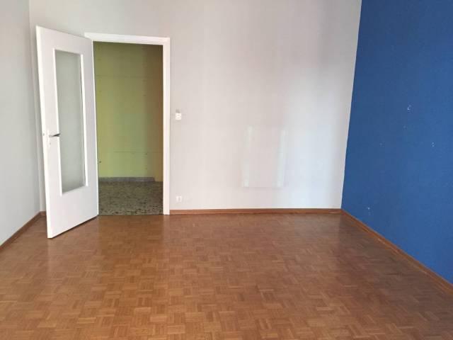 Appartamento in ottime condizioni in affitto Rif. 6624744