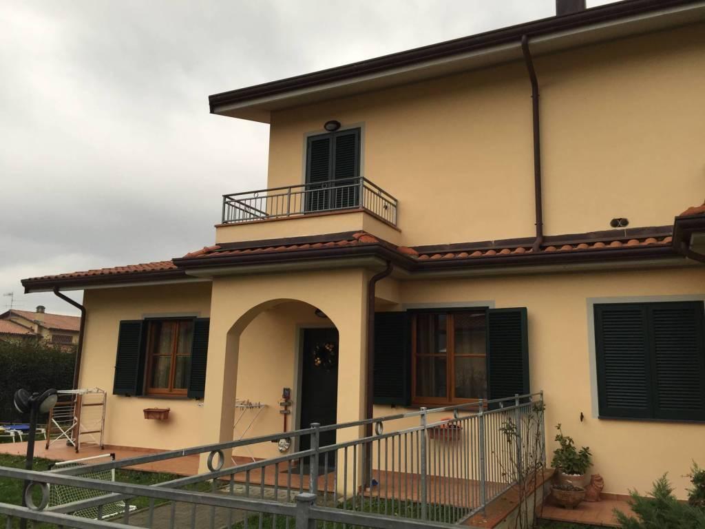 Appartamento in vendita a Villafranca in Lunigiana, 5 locali, prezzo € 190.000   PortaleAgenzieImmobiliari.it