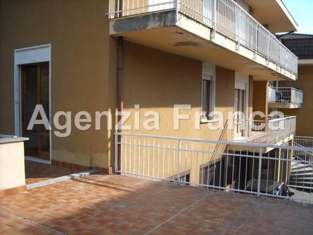 Appartamento in buone condizioni in vendita Rif. 4924030