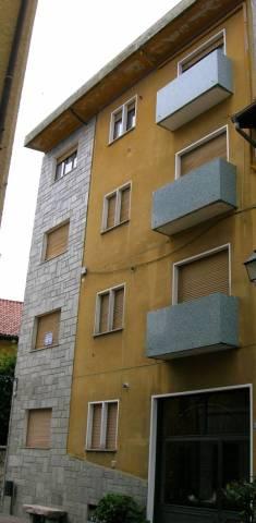 Appartamento in buone condizioni arredato in vendita Rif. 4924028