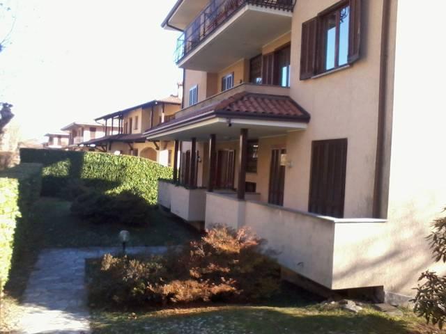 Appartamento in buone condizioni arredato in vendita Rif. 4924017