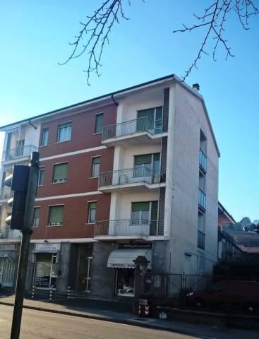 Appartamento in buone condizioni in vendita Rif. 4219568