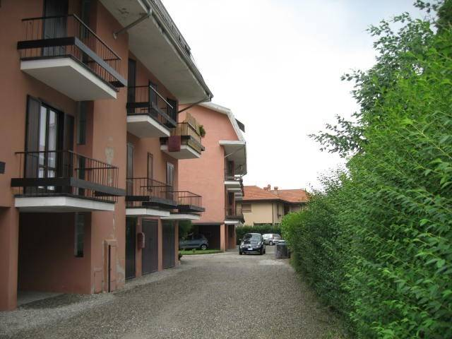 Appartamento in buone condizioni arredato in vendita Rif. 4842073