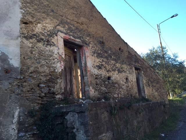 Rustico / Casale da ristrutturare in vendita Rif. 8828665