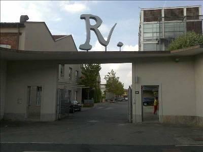 Show Room in Affitto a Milano 25 Cassala / Famagosta / Lorenteggio / Barona: 5 locali, 300 mq
