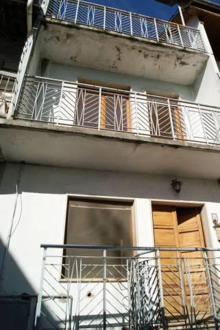 Casa indipendente in Vendita a Piverone: 4 locali, 63 mq