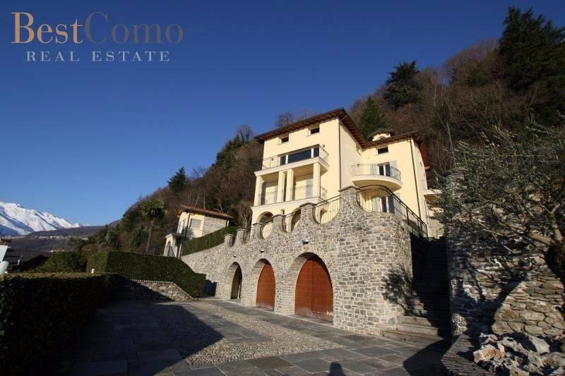 Villa in ottime condizioni parzialmente arredato in vendita Rif. 4600750