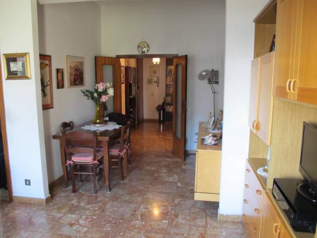 Appartamento in Vendita a Pistoia Periferia Ovest: 4 locali, 83 mq