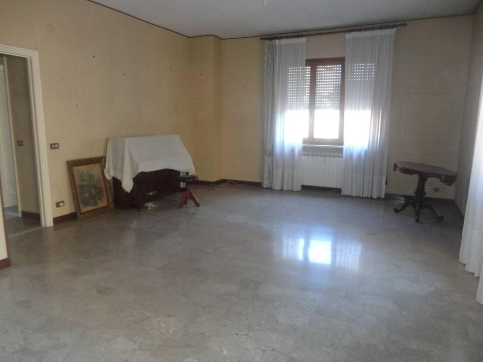 Appartamento in vendita a Serravalle Scrivia, 3 locali, prezzo € 135.000 | PortaleAgenzieImmobiliari.it