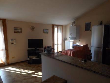 Casa Indipendente in buone condizioni in vendita Rif. 4535636