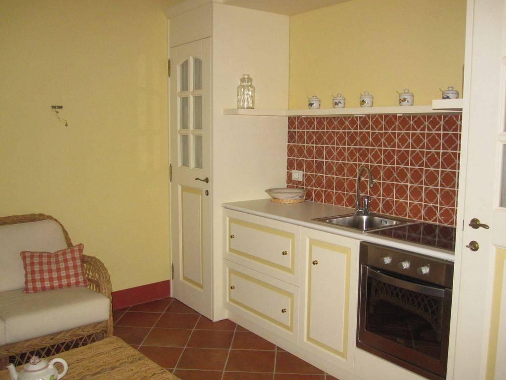 Appartamento in vendita a Dolcedo, 2 locali, prezzo € 100.000 | PortaleAgenzieImmobiliari.it